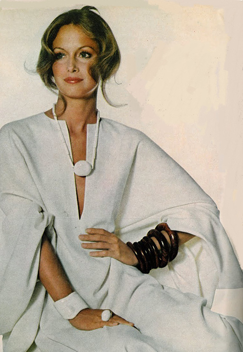 Karen Graham, Halston, Irving Penn, Vogue, November 1971