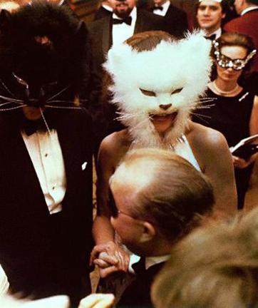 Oscar de la Renta and Francoise de Langlade at Truman Capotes Black and White Ball 1968