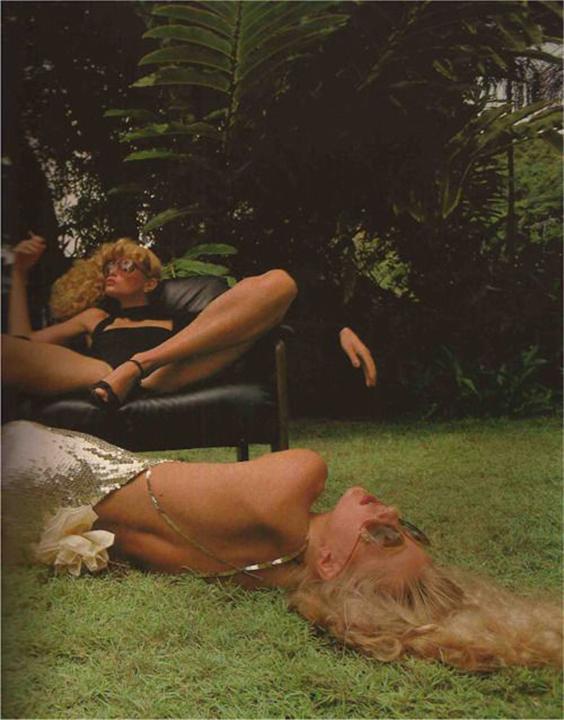 Han Feurer, Paris Vogue, December 1977