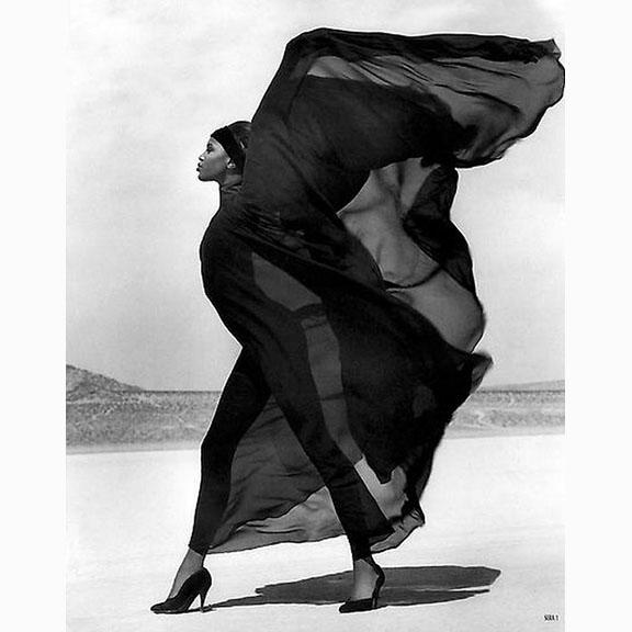 Herb Ritts, Naomi Campbell, Versace Veiled Dress, El Mirage California, 1990