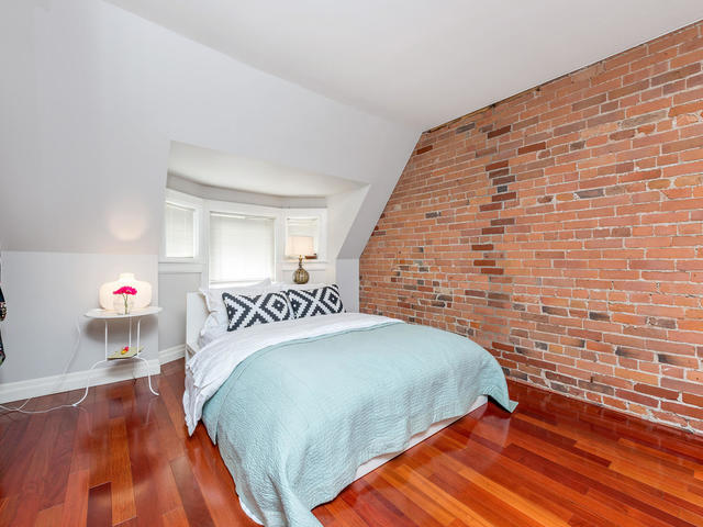 183 Seaton Street toronto ON-MLS_Size-031-31-Master Bedroom-640x480-72dpi.jpg