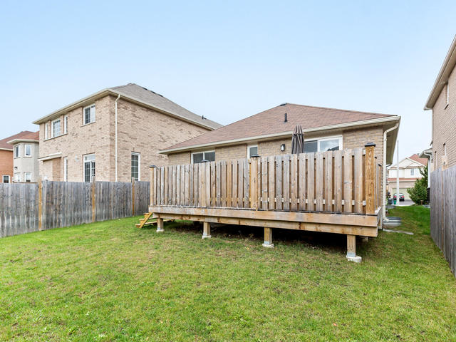 81 Soverigns Gate Barrie ON-MLS_Size-032-30-Exterior-640x480-72dpi.jpg