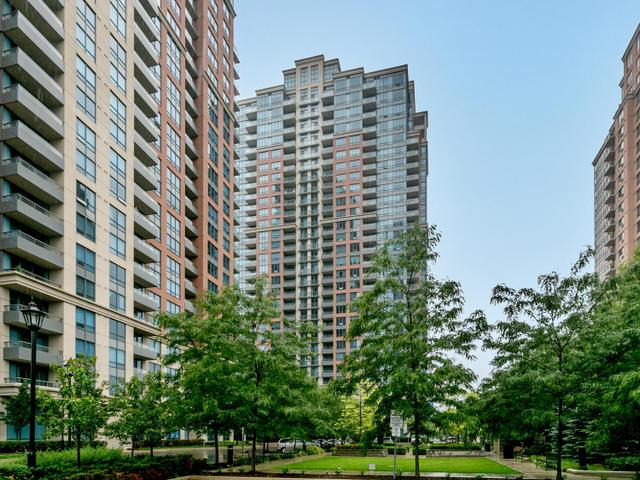 25 Viking Lane Suite 352-MLS_Size-001-Exterior-640x480-72dpi.jpg
