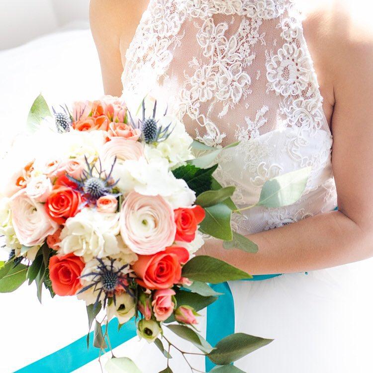 coral bouquet -joyandco.jpg
