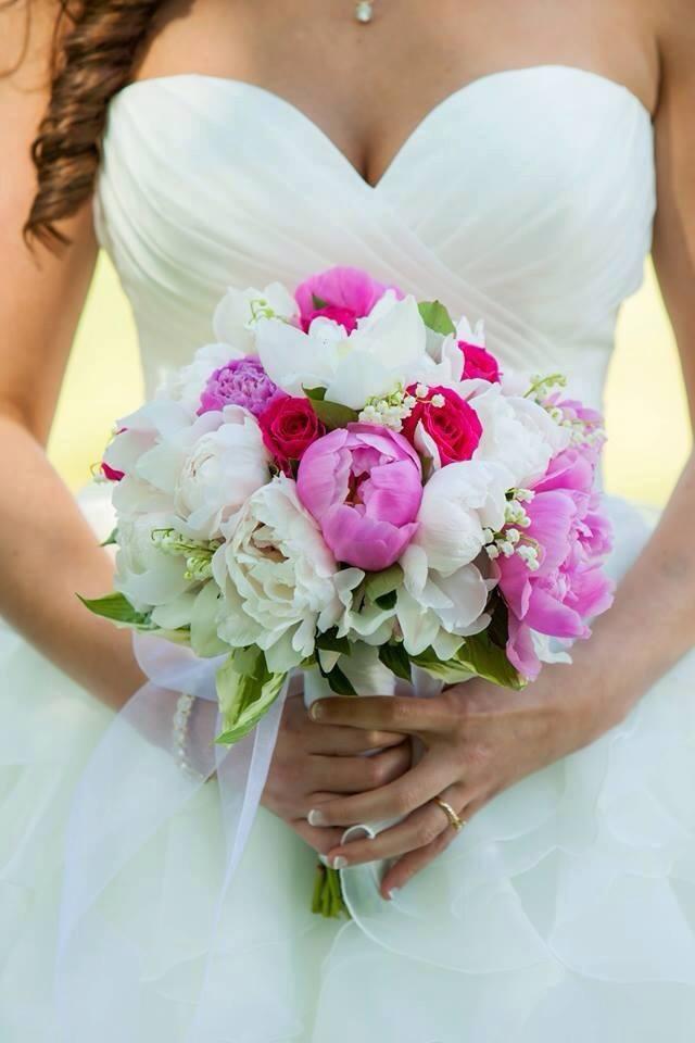 peony bouquet-joyandco.jpg