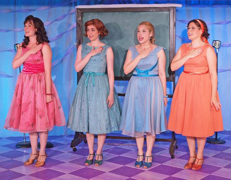 Cast of MARVELOUS WONDERETTES at Weston Playhouse - Photo by Tim Fort