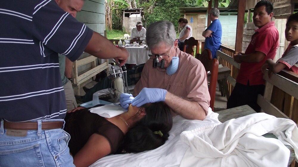 Dr. Jim en Lacandón selva lacandona.JPG