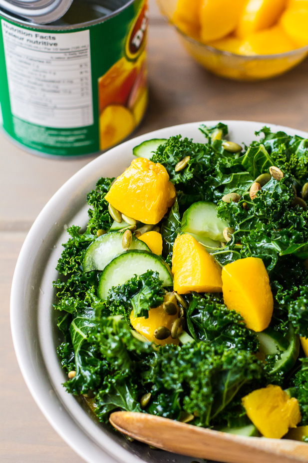 Peach and Kale Salad | ediblesoundbites.com