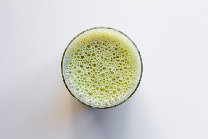 Immune Boosting Smoothie | ediblesoundbites.com