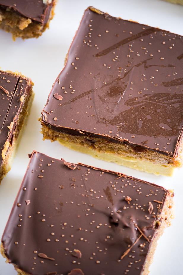 Healthy Caramel Slice Bars | ediblesoundbites.com