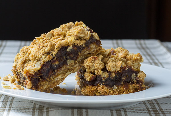 Old Fashioned Date Squares
