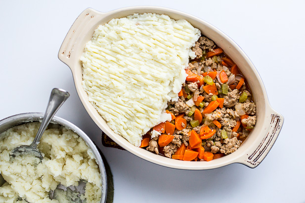 Shepherd's Pie with Buttermilk Mashed Potatoes | ediblesoundbites.com