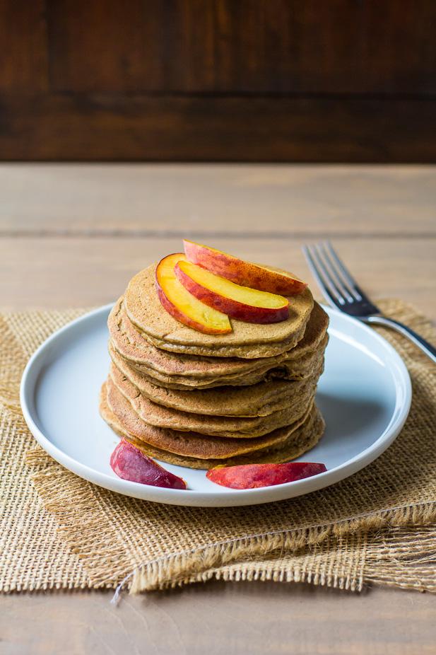 Protein Pancakes | ediblesoundbites.com