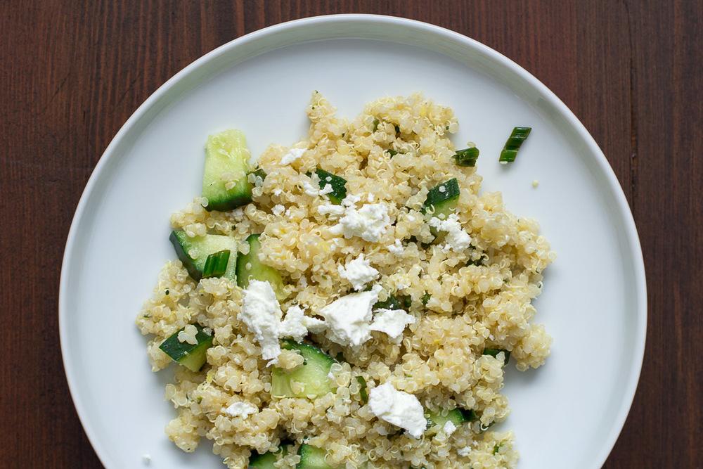 Lemony Quinoa Salad | ediblesoundbites.com