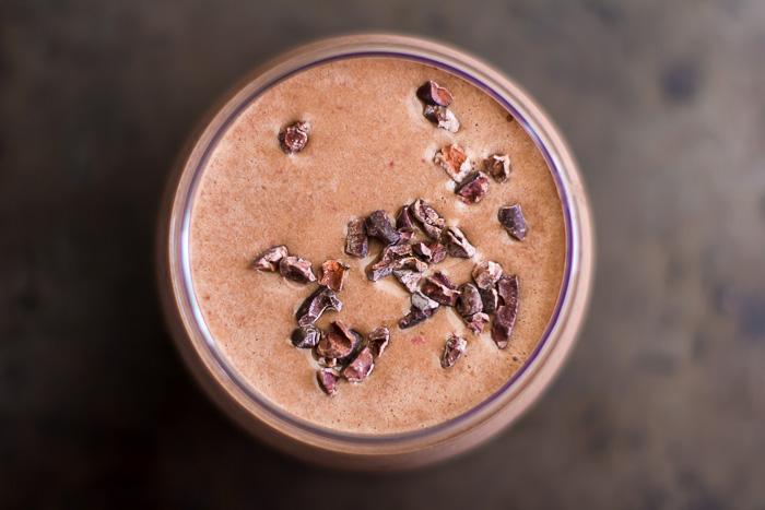 Decadent Chocolate Recovery Smoothie | ediblesoundbites.com