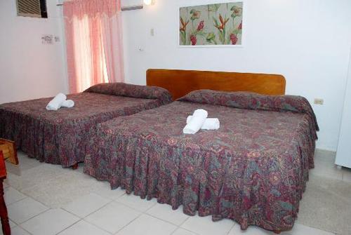 Golden Hotel-5.jpg