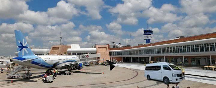 cancun-airport-sm.jpg