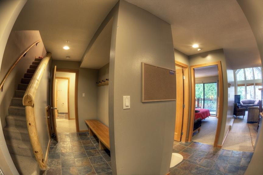 RC305-Hallway1.jpg