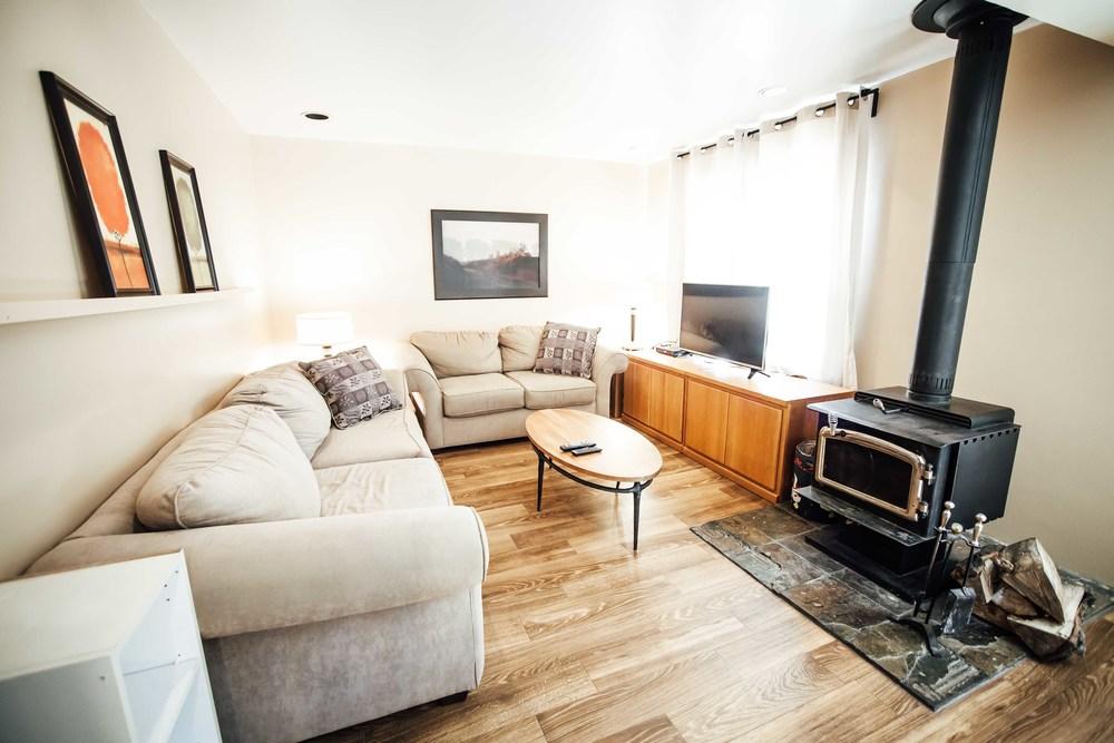 Alpine South Living Room