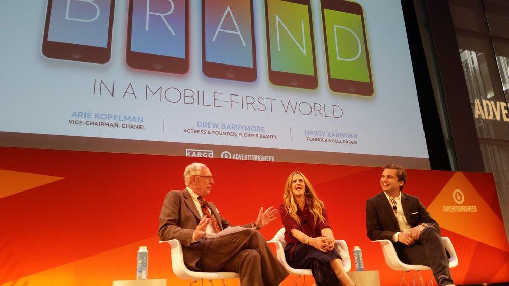 La actriz Drew Barrymore formó parte del panel sobre las marcas en las plataformas móviles.  (Foto: Suministrada)