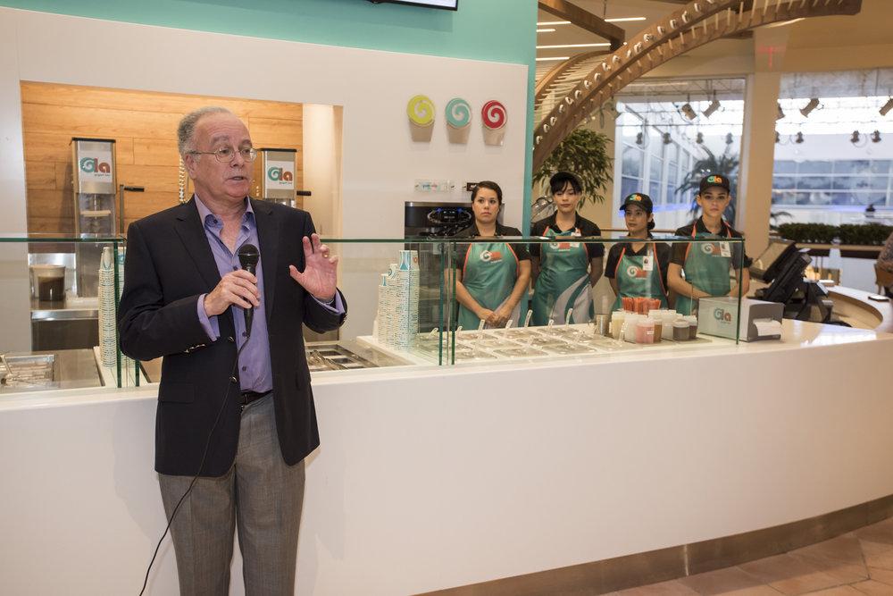 José Hiram Matos, gerente general de Ola y Soft & Creamy, empresa a cargo de esta nueva línea de negocio. (Suministrada)