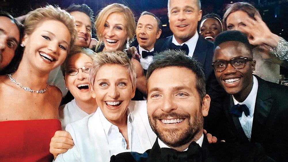 time-100-influential-photos-ellen-degeneres-oscars-selfie-100.jpg