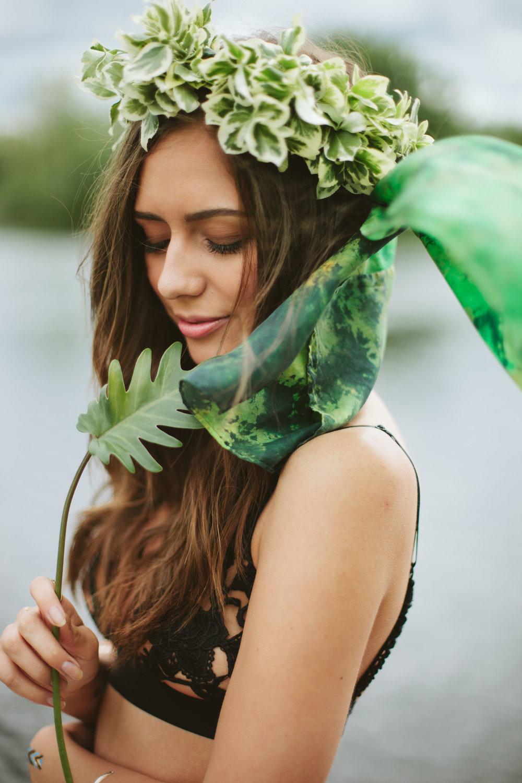 PHOTO: Kelsey Schroeder l MODEL: Kayley Reed l FLOWER CROWN: Reuban Stewart l STYLIST/SILK: Dee Silkie