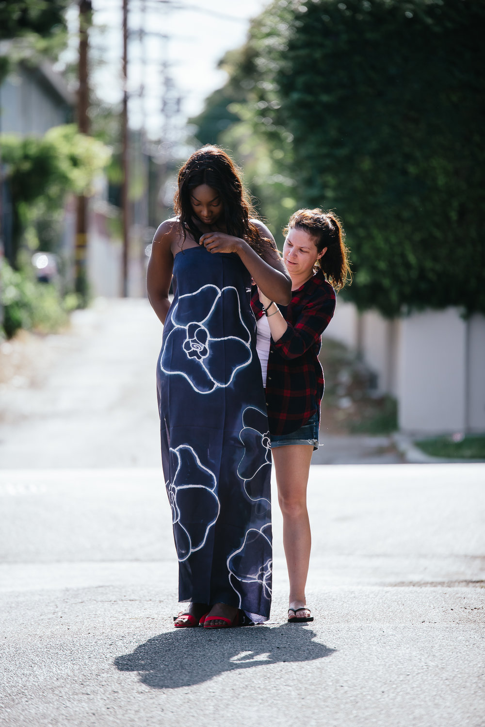 Arame Fall and Dee Silkie on Melrose Ave
