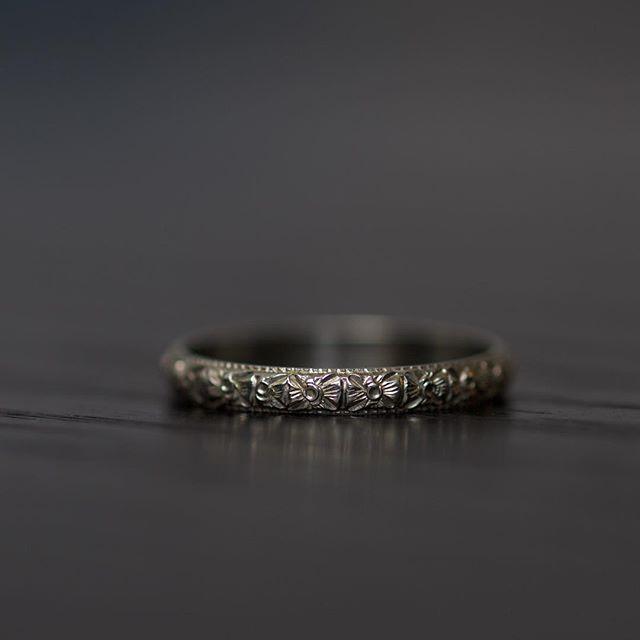 Perfection! #details #antique #antiquering #platinum #perfectring