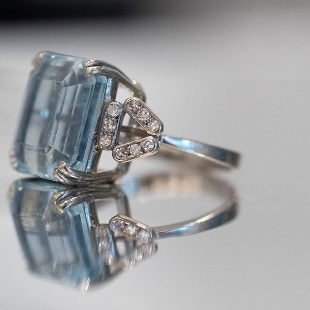 Oh la la #aquamarine #antique #antiquering #diamonds #platinum
