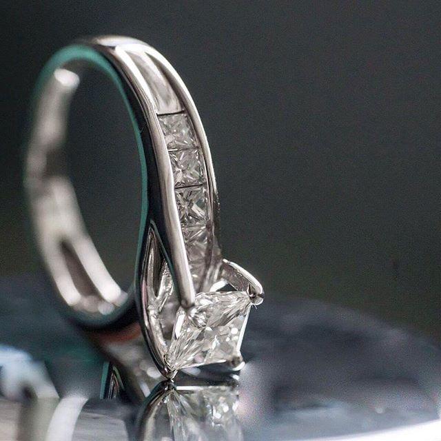 Gorgeous diamond engagement ring #unique #diamonds #diamondring #engagementring #charleston