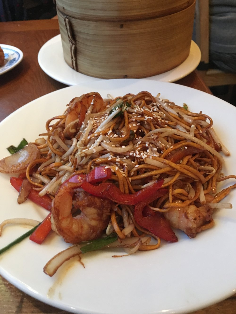 King prawn chow mein (£6.25)