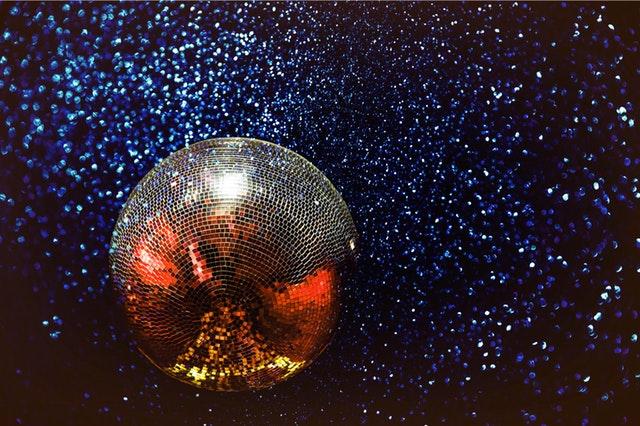 near-far-bar-disco