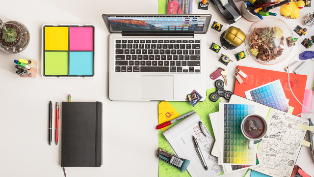 MKTDESIGN-348-Messy-Desk_Blog-640x360.png