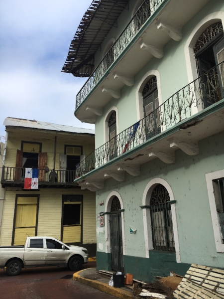 As I mentioned above, for every glimpse of new, you see a hint of the old from Casco Viejo.