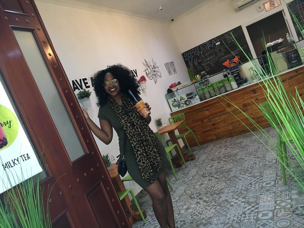 I love a good curly wig!   Photo taken in Panama City, Panama. November 2016