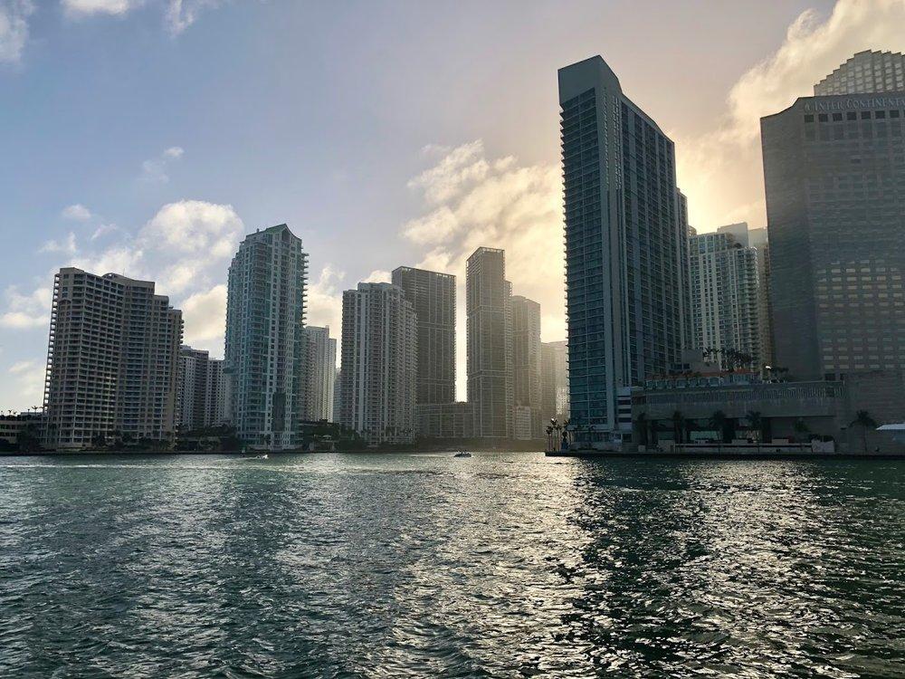 Miami_Boat01.jpg