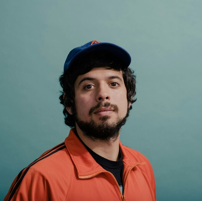 FLAMINGOSIS - Flamingosis (the name comes from a freestyle Frisbee move that his father invented) is an electronic music producer, beatboxer and entertainer. Gathering influences from other beat makers, such as Flying Lotus, J Dilla and Madlib, Aaron is able to take these sources of inspiration in order to come up with his own unique style.