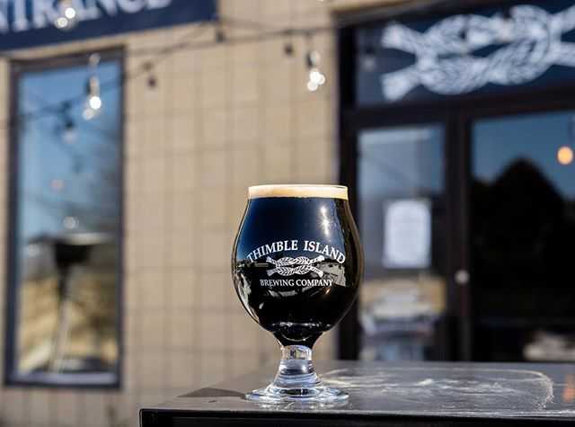 Our Classic Coffee Stout brewed with our favorite local coffee @willoughbyscoffee 👌