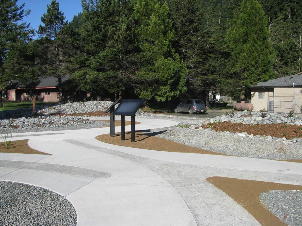 Klamath Yurok Reservation Entrance Cal trans 1.jpg