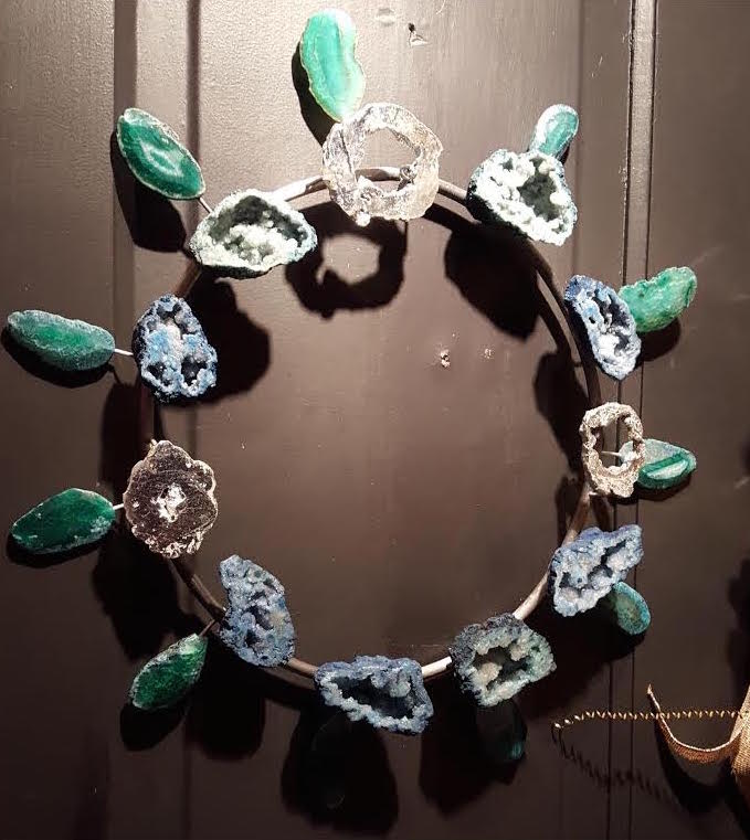 A glamorous geode wreath created by Elisa Marie Design