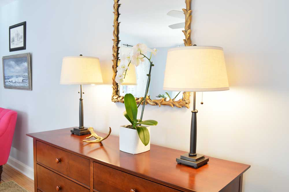 Dresser-with-Decorative-Mirror-and-Lamps.jpg