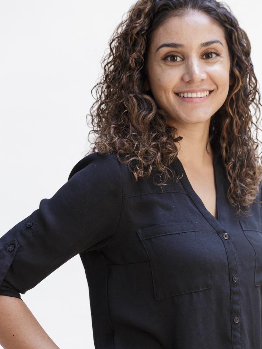 Roshie Larijani - Design Director