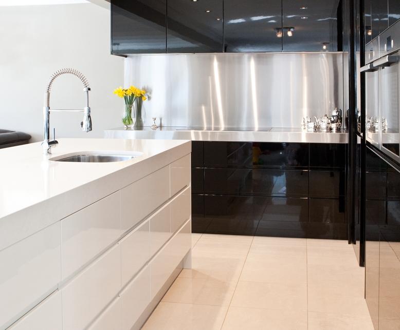 George & Natalie Churchward Kitchen 16w.jpg
