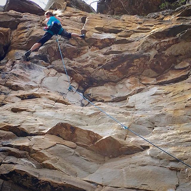 Coaches day out. Mission: fun day of #onsighting... my favorite!😻#fosterfalls #vacationclimbing #teamevolv @moonclimbing #sportclimbing #petzl_official