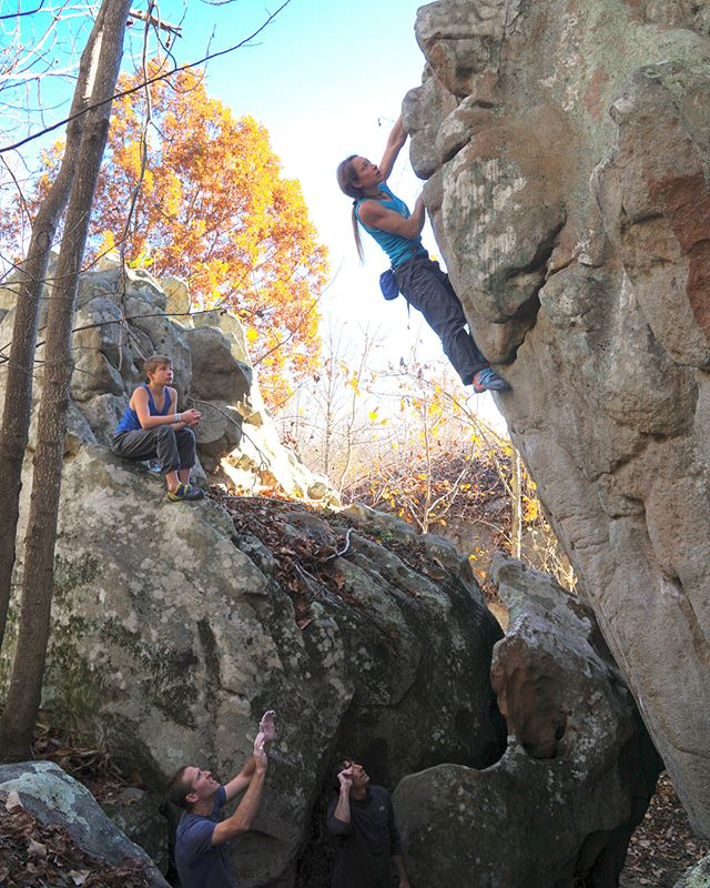 Climbing and feasting with friends. What more can I say... I hope everyone enjoyed their Thanksgiving as much as I did! 😸🦃😈 📷@dave_chancellor 😻 #synergyclimbing