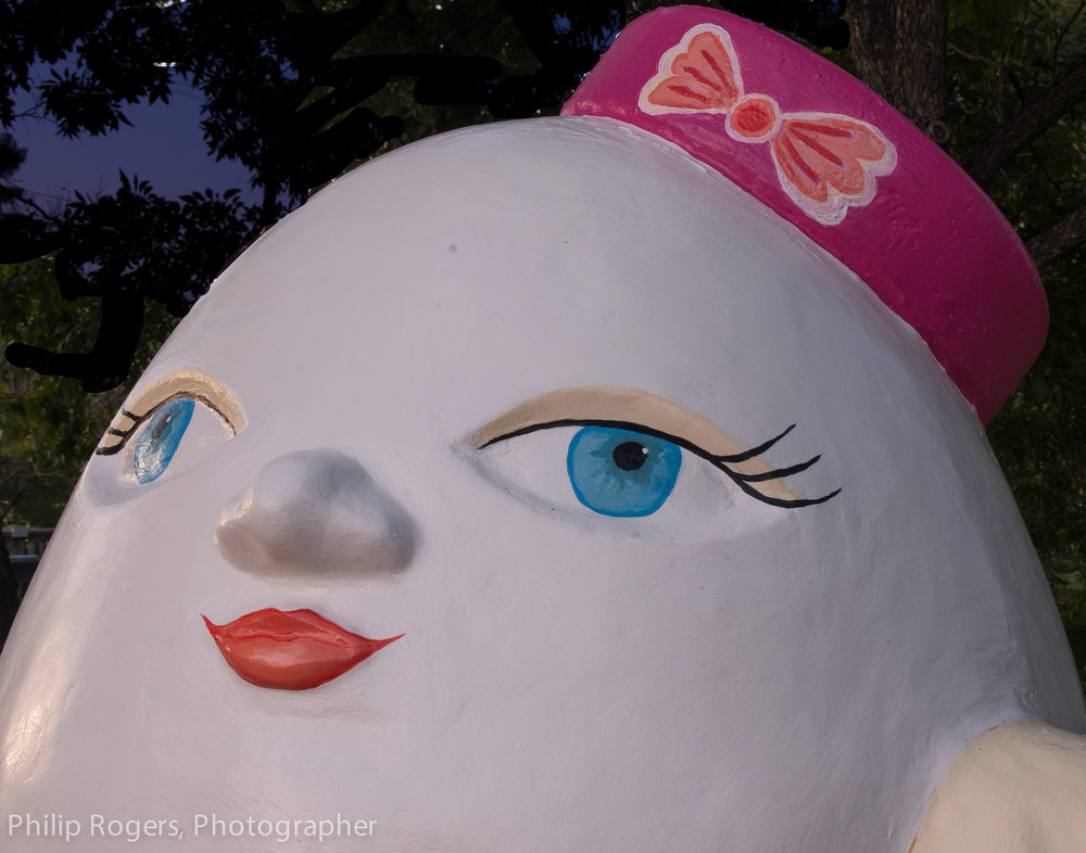 Mrs Humpty Dumpty Philip Rogers Photo-17.jpg