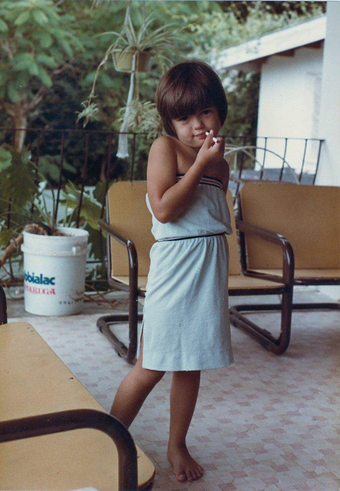 Olivia Pool young cigarette.jpg