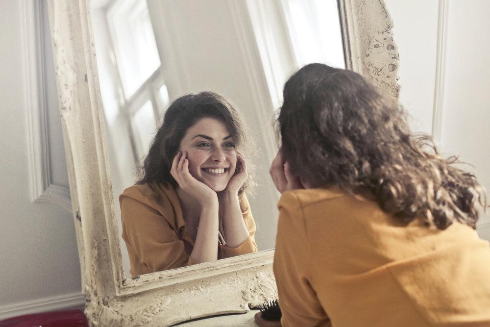 Rannsaka dig själv och försök hitta ett uttryckssätt som både speglar vem du är och hur du upplevs.
