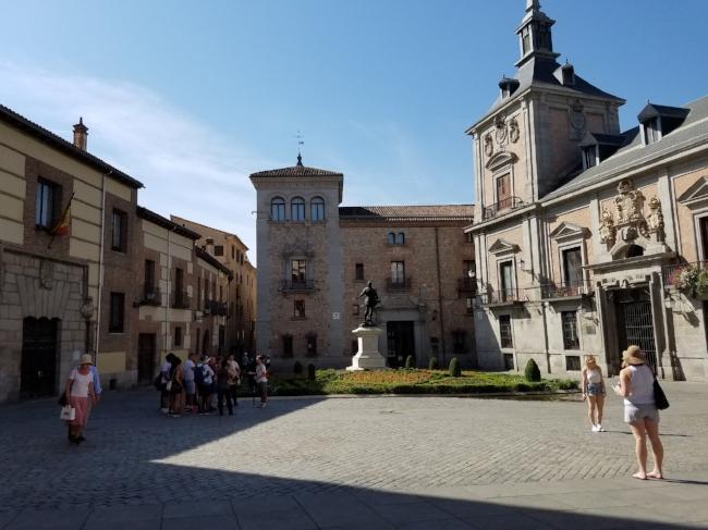Madrid Plaza, city center